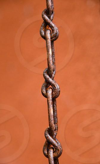 close up photo of gray chain photo