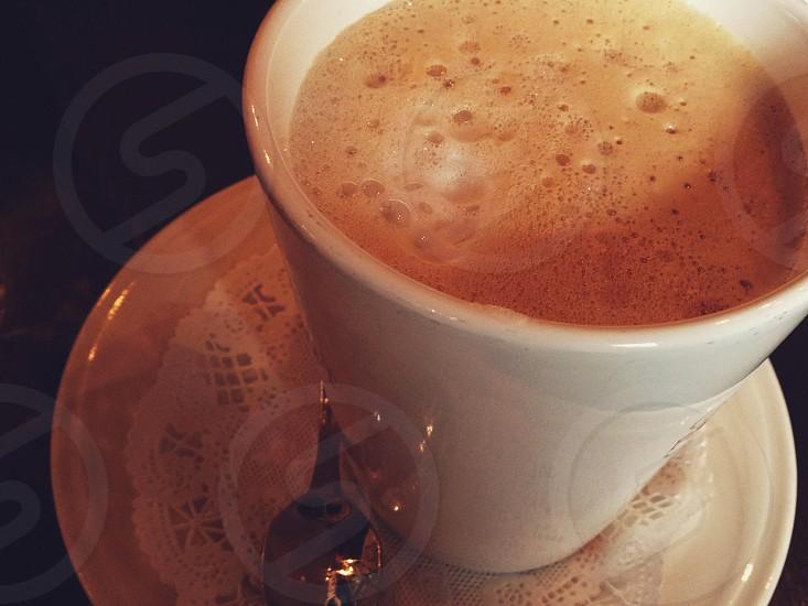 white ceramic coffee mug photo