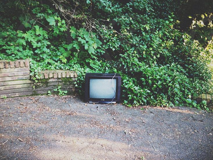 black crt tv photo