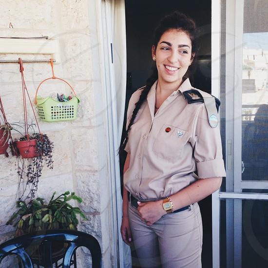Israeli army girl photo