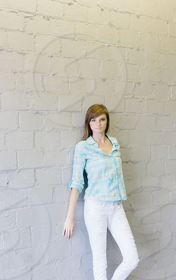 womens skinny white denim photo