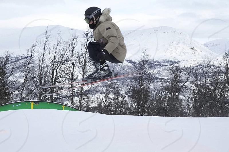 Ski wintersports photo