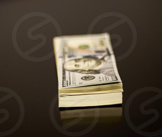 100 u.s. dollar bill photo