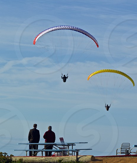 yellow paraglider photo