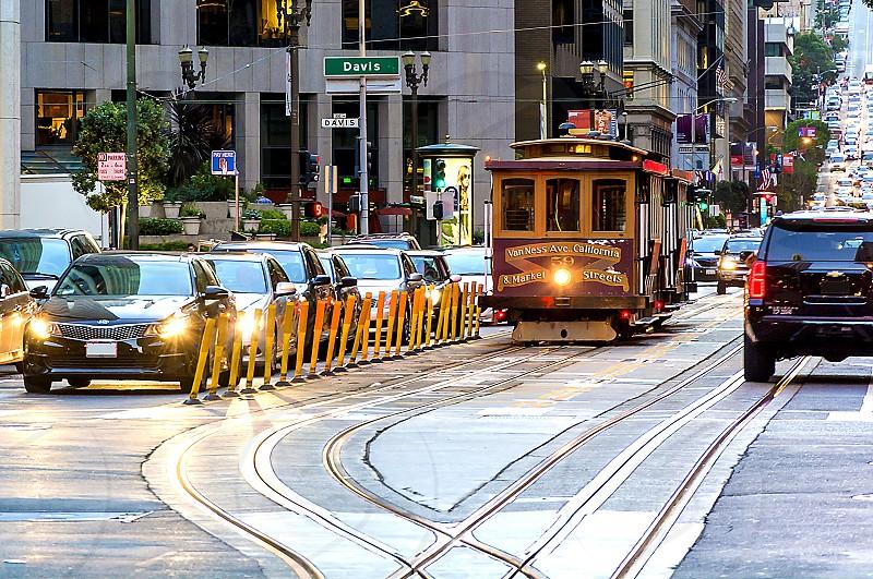 brown train on daylight photo