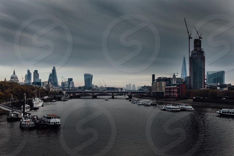 LondonlightstownriverbridgeThamesbuildingscity photo