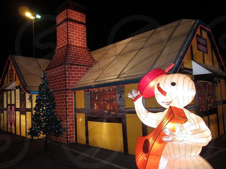 Musical snowman photo