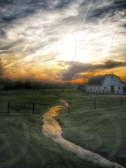 white barn photo