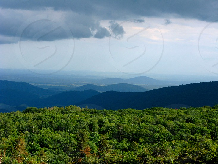 Shenandoah valley mountains photo