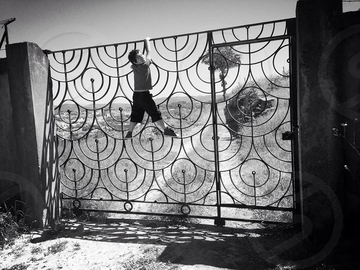Climbing gate photo