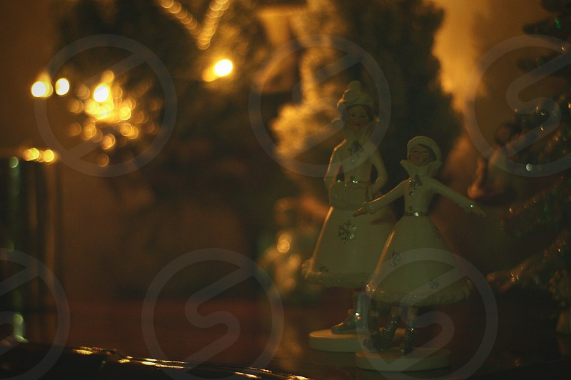 closeup photo of gray ceramic Christmas ornament photo