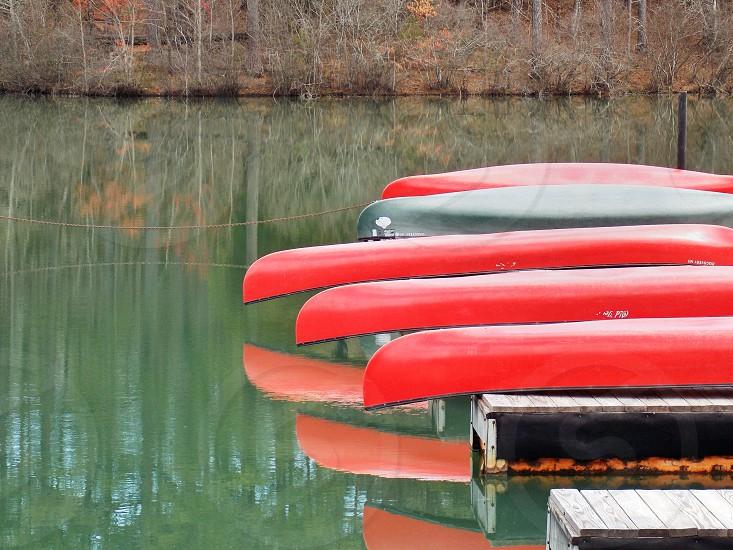 red and black kayak photo