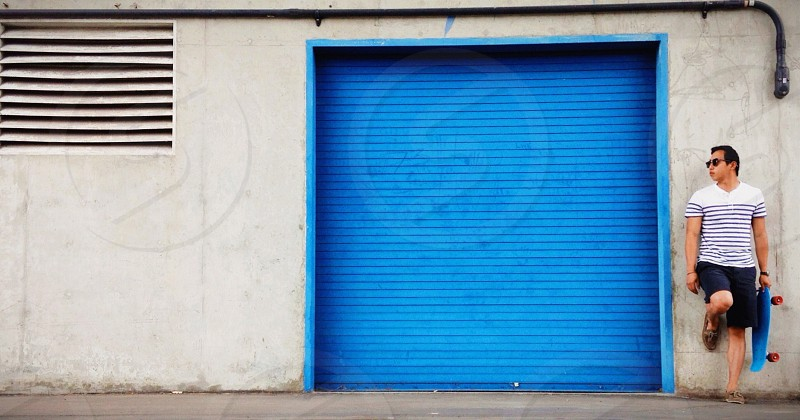 blue garage door photo