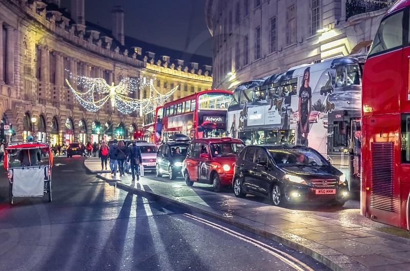 londoneuropetrafficcarsbusesciti lightscity lifenightstreet photography photo