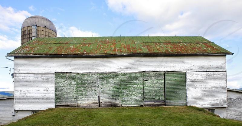 Barn - green photo