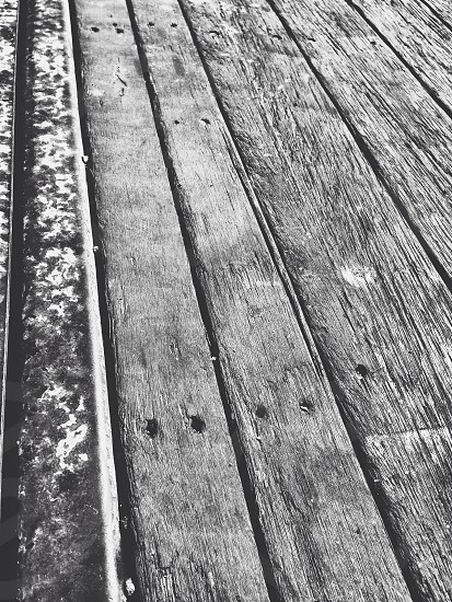 grey scale photo of wood plank photo