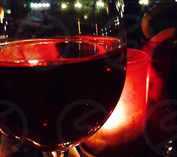 Candle lit vino tinto photo