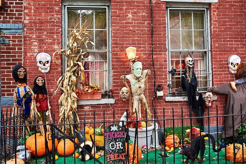 Halloween decor photo