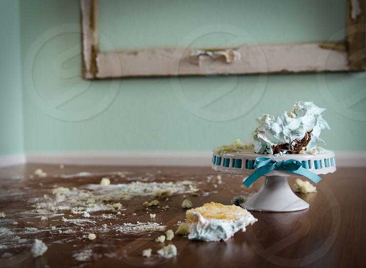 Smashed cake photo
