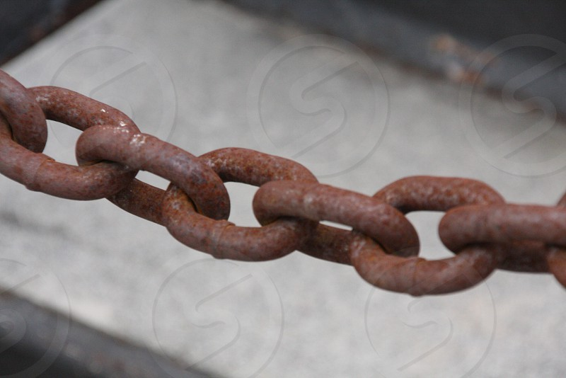 rusty rusted chain link photo