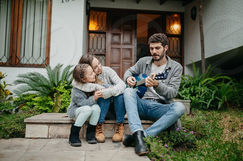 Spanish family: Technology. photo