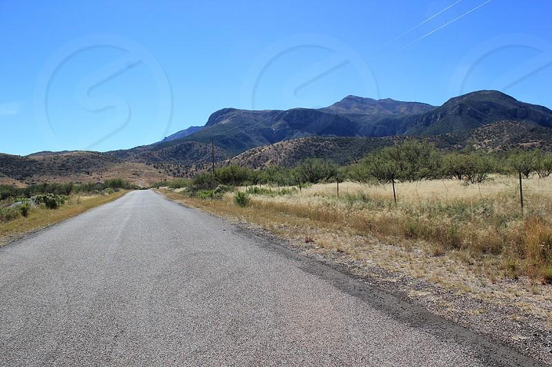 Long Road Vanishing Point Mountains Arizona Empty Road Desert photo