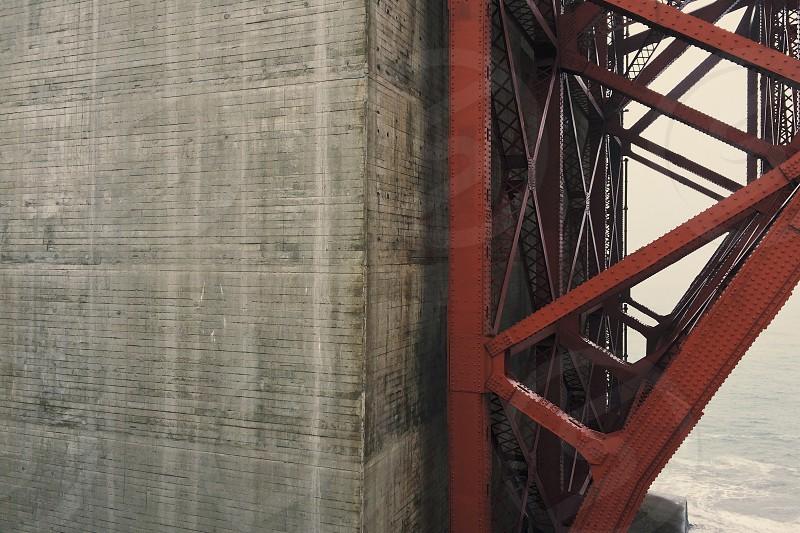 brown steel bridge frame photo