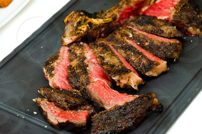 pieces of sliced steak photo