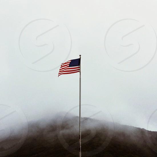 usa flag pole photo