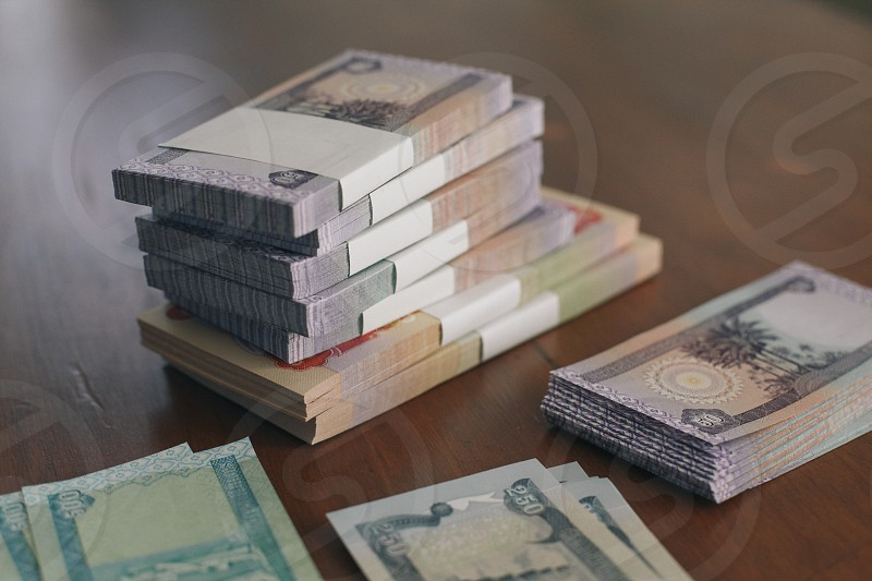 7 bundles of banknote photo