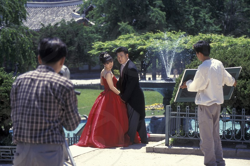a wedding in a park in the city of Seoul in South Korea in EastAasia.  Southkorea Seoul May 2006 photo