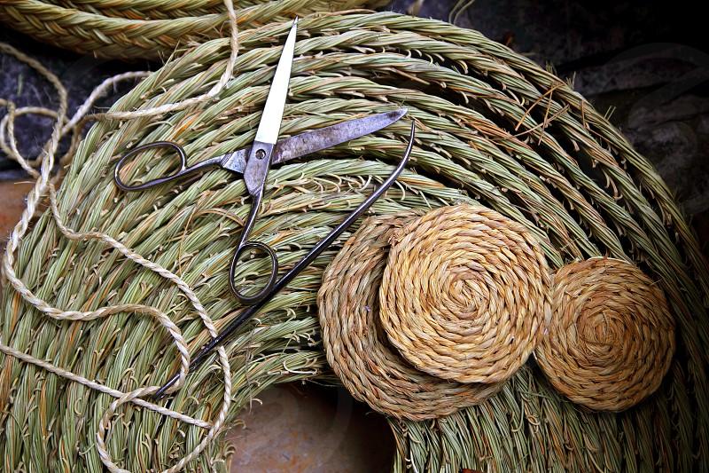 esparto weaver crafts tools scissor needle reed grass enea traditional Spain photo