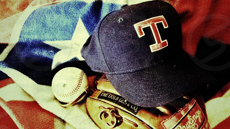 Baseball. Glove. Mitt.  photo