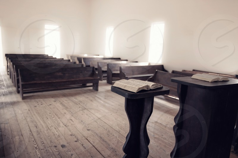 empty church photo