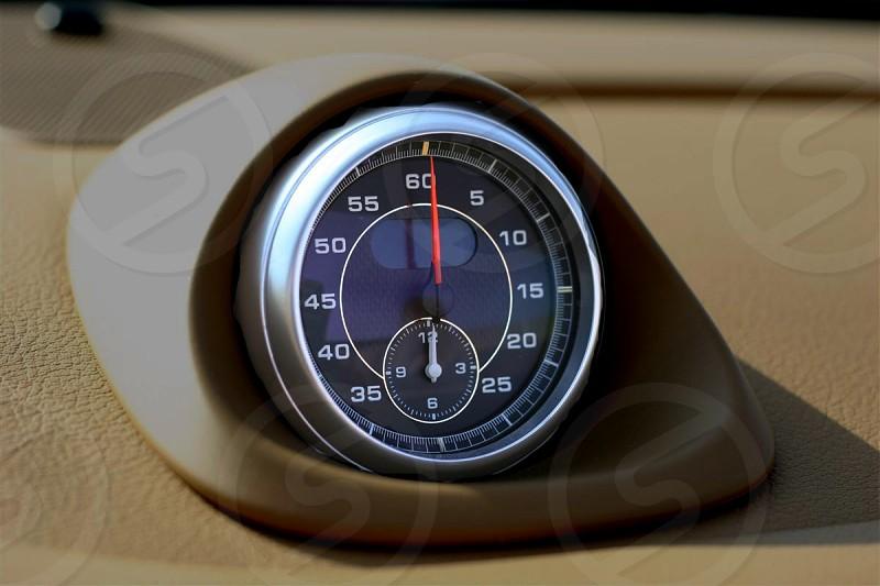 speedometer dial photo