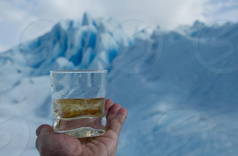 whiskey and ice photo