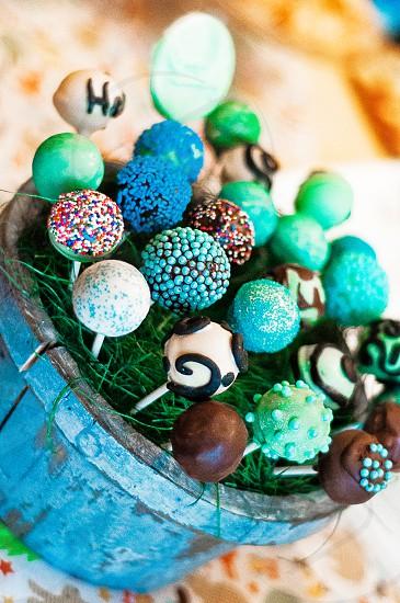 SNACKING | Cake pops!  So gooooood! photo