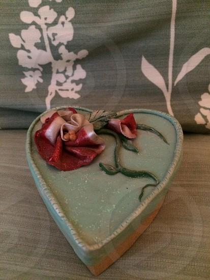 Handmade heart box. Roses. Green. Red. White photo