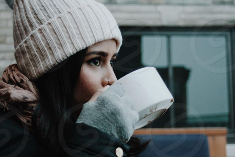Chicago hot chocolate rooftops fingerless mittens photo