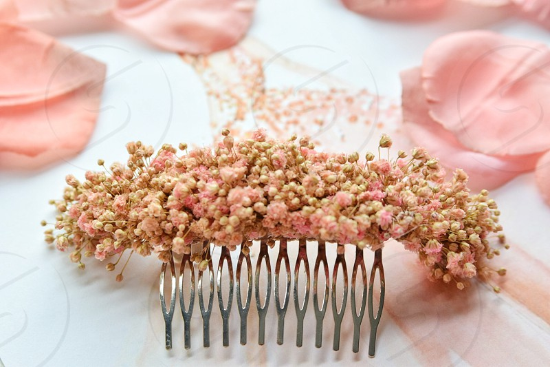 stainless steel hair clip with flower decorations photo