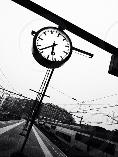 On time photo