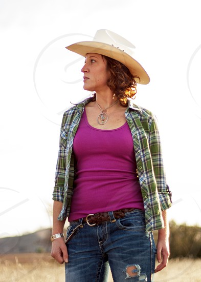 women's white cowboy hat photo