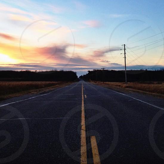 black asphalt road photo