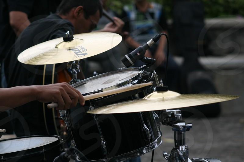 black drum set photo