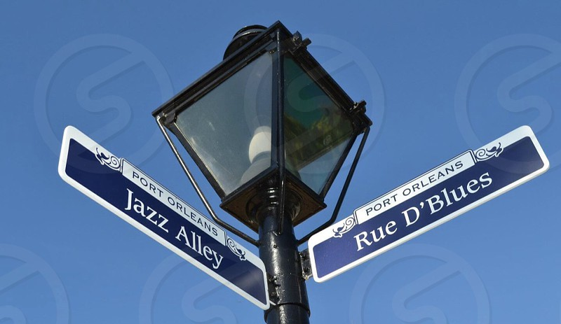 rue d'blues road sign photo
