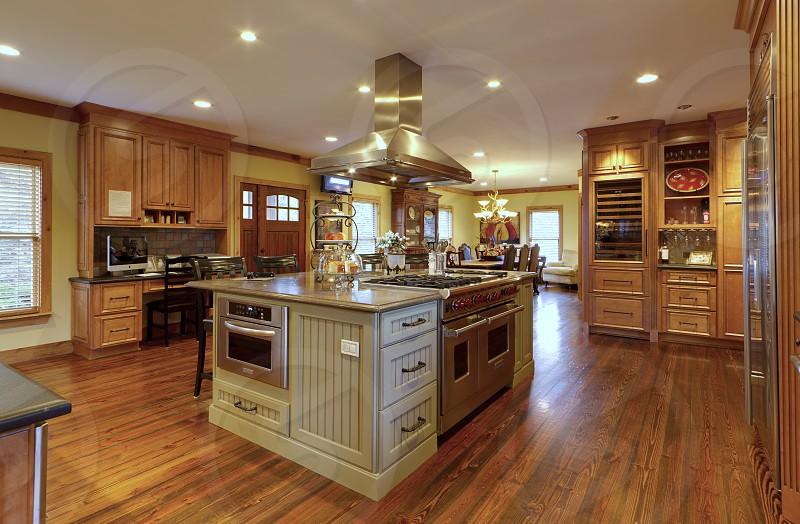 Kitchen wide photo
