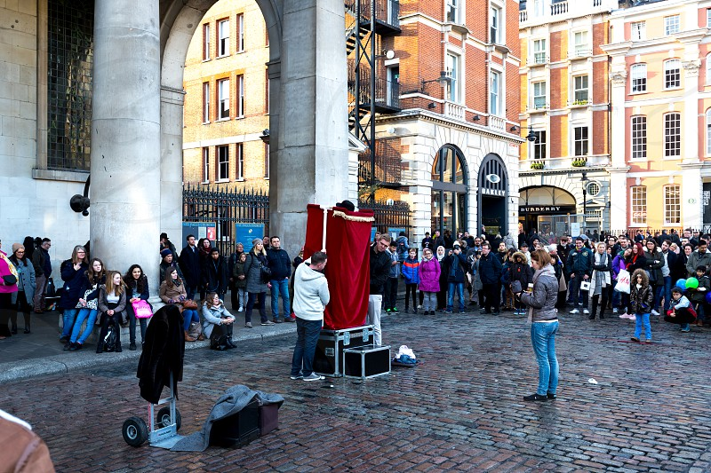 Covent Garden street performers London   photo