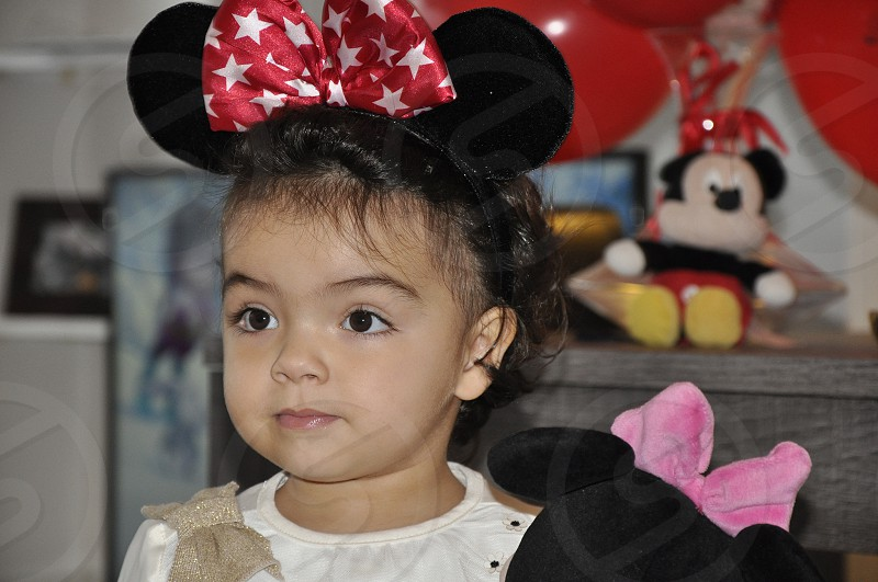 kids-micky-micky mouse-micky look-birthday-girl-daughter-cool photo