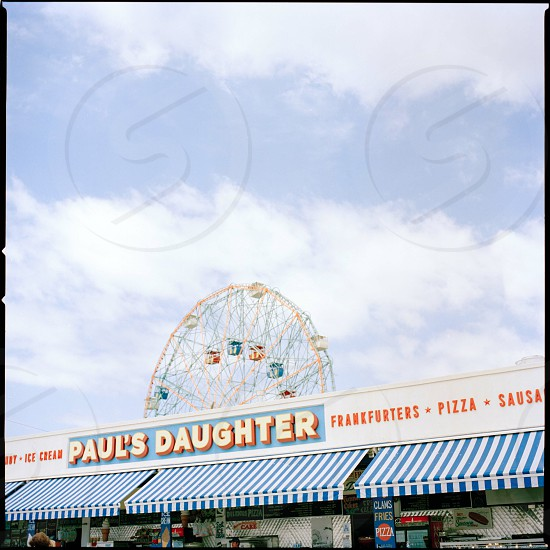 paul's daughter store photo