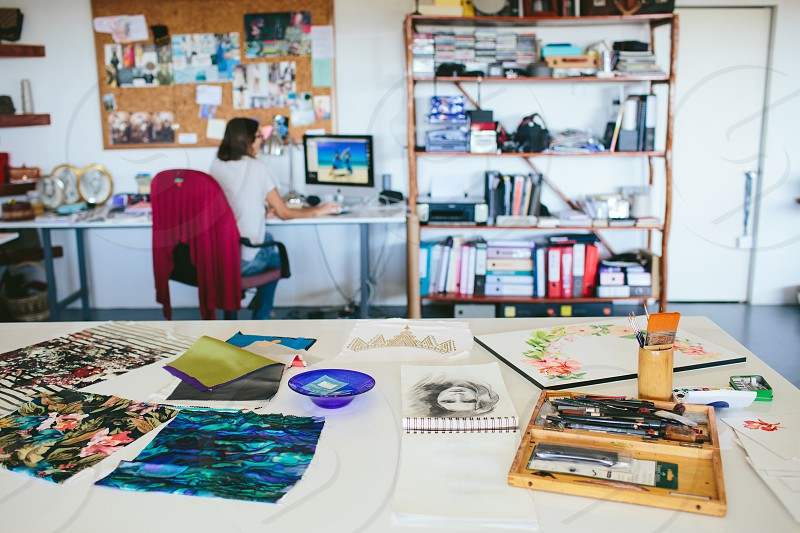 workplace artist desk computer PC Mac office studio creative work painting water color aquarelle paint brush workshop academy desk creativity class classroom art photo